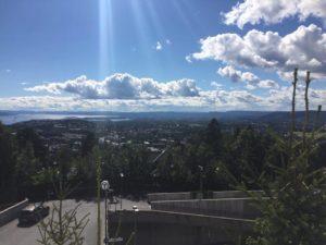 Widok ze wzgórza na Oslo
